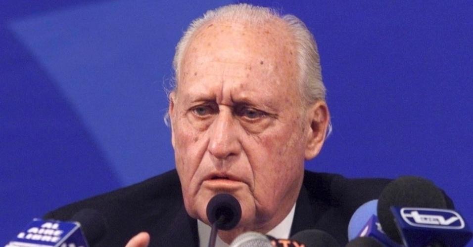 João Havelange estava sendo investigado pelo COI por suborno
