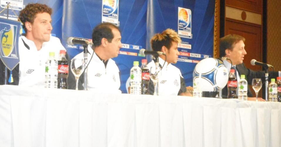 Escolhidos pela Fifa, Neymar, Muricy Ramalho e Elano concederam entrevista coletiva na manhã desta sexta