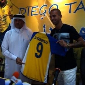 Diego Tardelli, que defende o Al Gharafa do Qatar, relembra passagem frustrada pela base do Santos - Divulgação/Twitter
