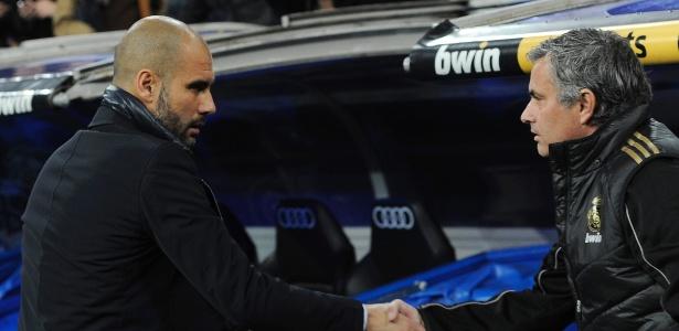 Guardiola prometeu cumprimentar Mourinho na partida entre United e City
