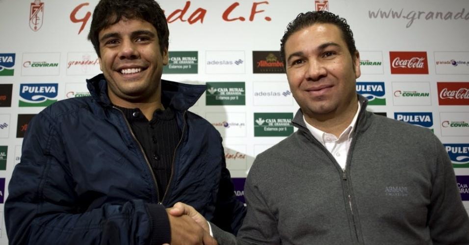 Atacante Henrique, ex-São Paulo, é apresentado como reforço do Granada, da Espanha; jogador foi transferido por empréstimo