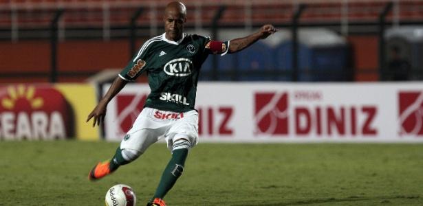 De falta, Marcos Assunção marcou o segundo gol do Palmeiras contra XV de Piracicaba