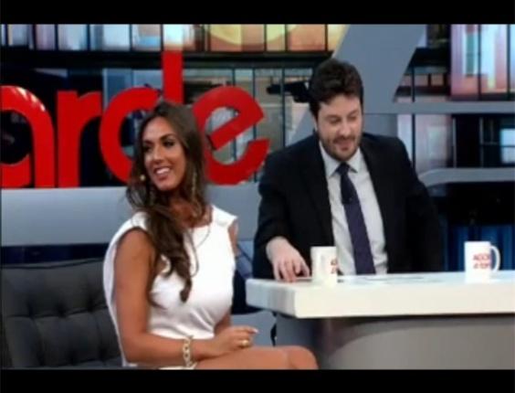 Nicole Bahls admitiu paquera com Neymar em entrevista a Danilo Gentilli