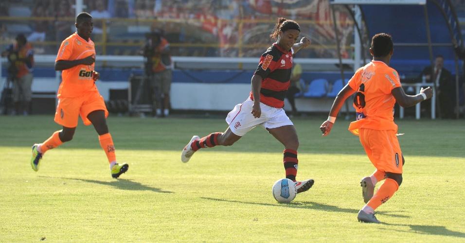 O meia Ronaldinho Gaúcho, do Flamengo