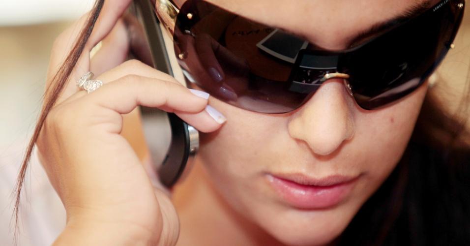 Detalhe da modelo Larissa Riquelme, que concedeu entrevista ao UOL Esporte em conexão para Recife