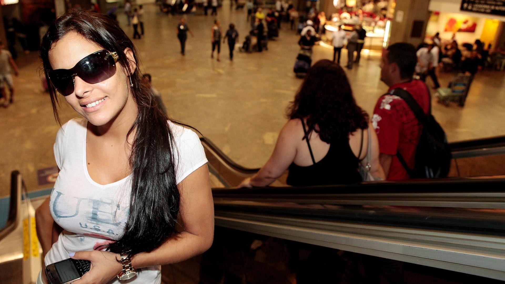 Em entrevista ao UOL, Larissa Riquelme diz que pretende morar no Brasil em breve