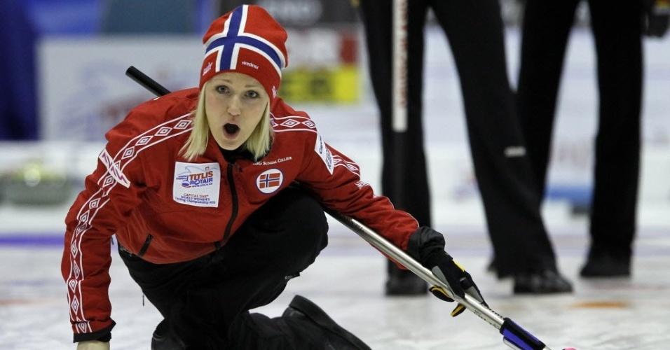 Linn Githmark é uma das musas da seleção norueguesa de Curling