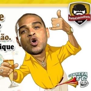 Corneta FC: Adriano canta