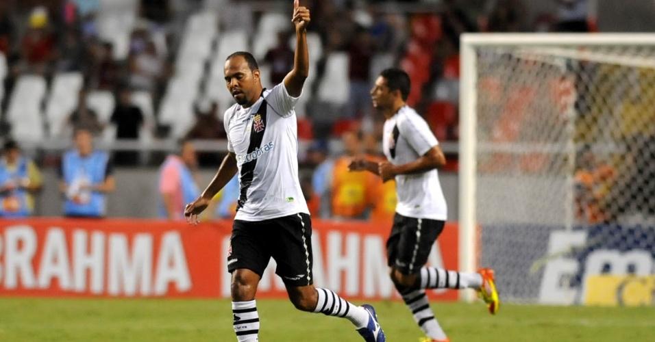 Alecsandro comemora gol marcado na partida contra o Flamengo, pela semifinal da Taça Guanabara