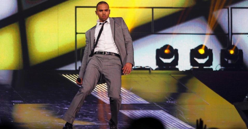 Chris Brown participou de show durante o intervalo do Jogo das Estrelas