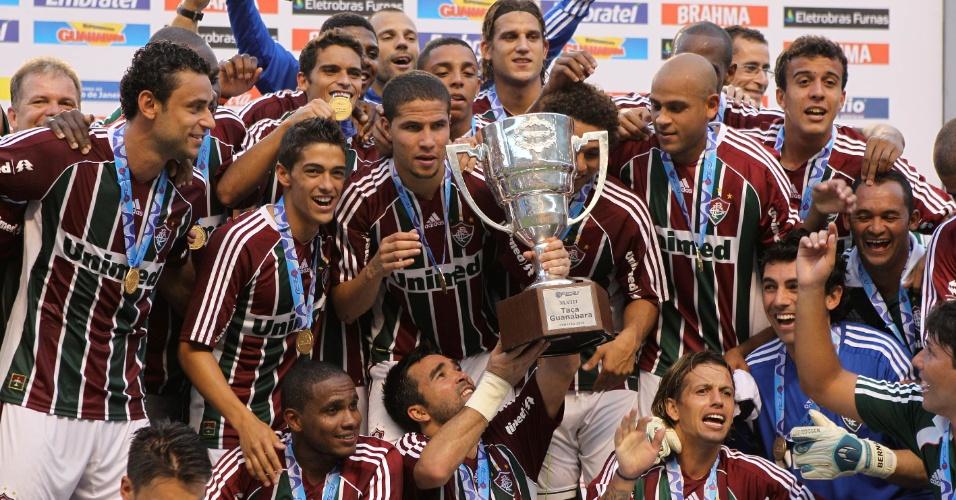 Jogadores do Fluminense comemoram o título da Taça Guanabara