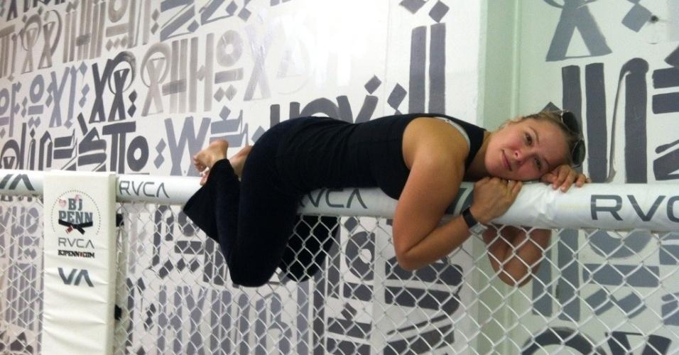 Ronda Rousey irá enfrentar Miesha Tate em um duelo que envolve duas das mais belas lutadoras de MMA