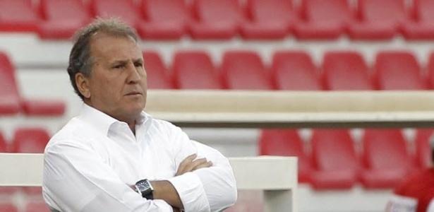 Zico comanda seleção do Iraque na vitória por 7 a 1 contra Cingapura