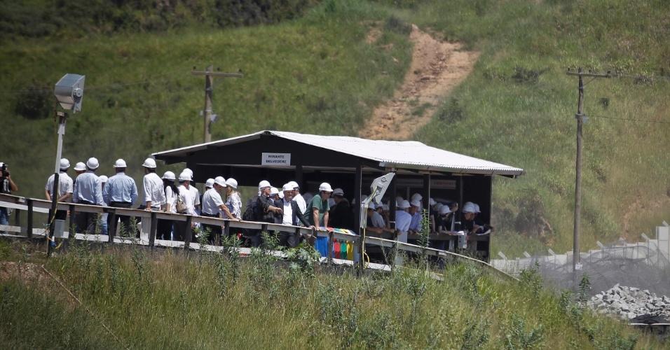 Técnicos da Fifa e do Comitê Organizador Local vistoriaram as obras do Itaquerão no dia 6 de março de 2012