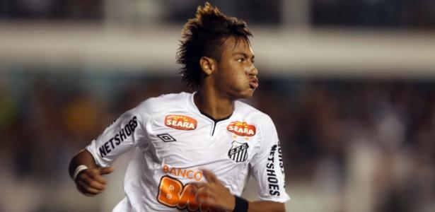 Neymar marcou os três gols da vitória do Santos contra o Inter pela Libertadores