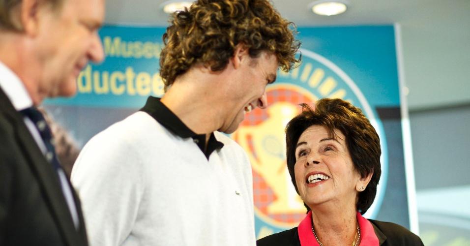 Guga e Maria Esther Bueno são os tenistas do Brasil no Hall da Fama