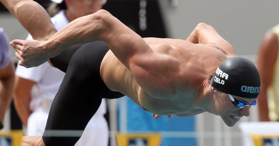 Cesar Cielo pula para eliminatória dos 50m borboleta em Belém. Ele ficou em terceiro
