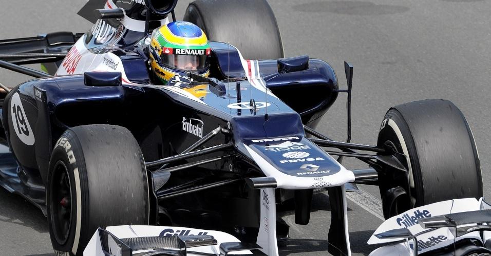 Bruno Senna acelera sua Williams pelo circuito de Albert Park