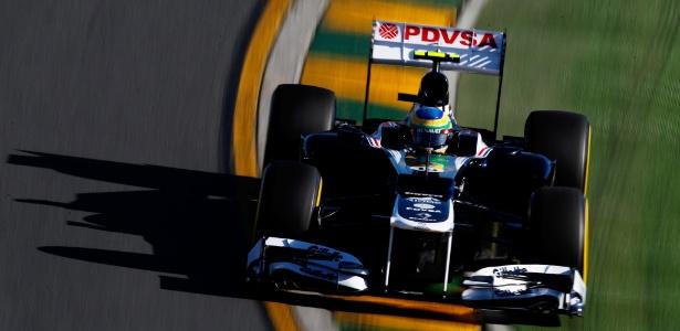 Bruno Senna abandonou a corrida após toque em Felipe Massa no fim da prova - Paul Gilham/Getty Images