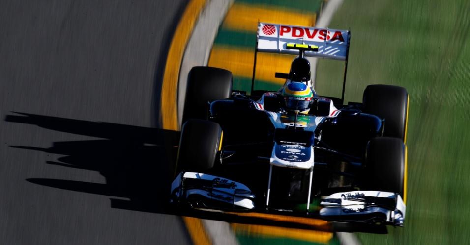 Bruno Senna pilota sua Williams pelo circuito de Albert Park