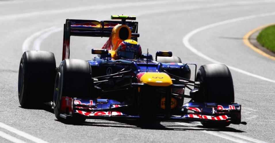 Mark Webbr conduz sua Red Bull pelo circuito de Albert Park