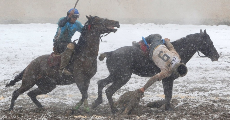 Esporte é popular na Ásia Central e pode durar dias