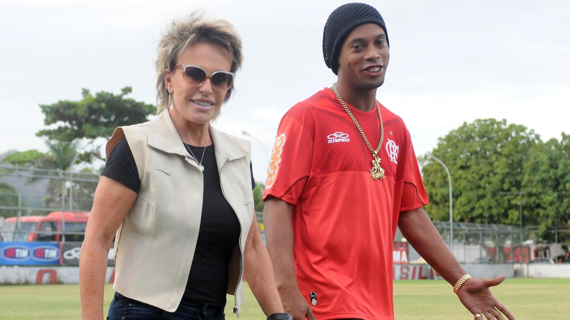Ana Maria Braga compareceu à Gávea após o treino do Flamengo