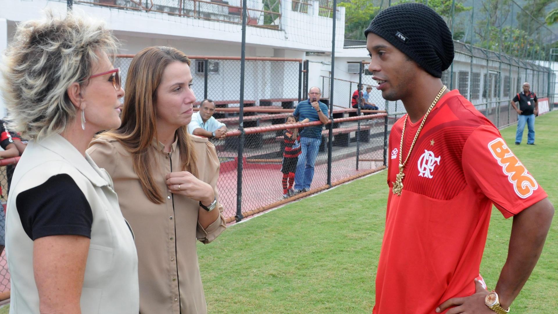 Ana Maria Braga e Patrícia Amorim conversam com Ronaldinho Gaúcho