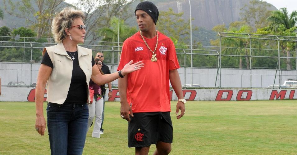 Ana Maria Braga foi à Gávea após o treino do Flamengo