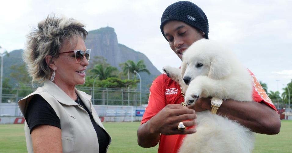 Bola foi um presente de Ana Maria Braga para Ronaldinho Gaúcho