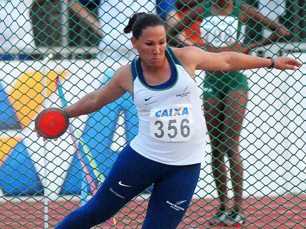 Fernanda Borges é uma dos cinco atletas que conseguiram índice para o Pan 2011 no lançamento de disco