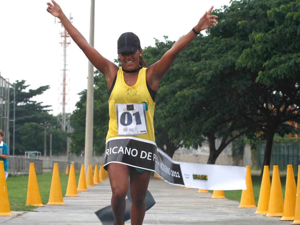 Priscila Oliveira, atleta pan-americana de Pentatlo Moderno