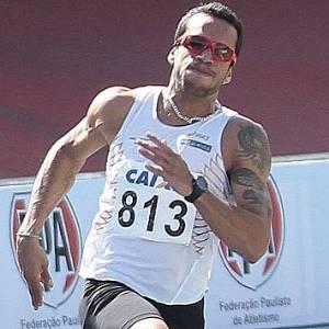 Bruno Lins bateu recorde de 22 anos do Troféu Brasil nos 200 m neste sábado (06/08/2011)