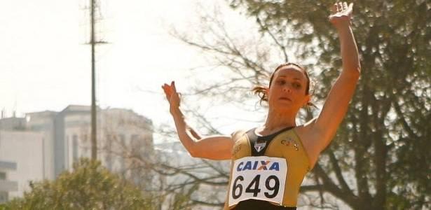 Maurren Maggi salta durante disputa no Troféu Brasil, em São Paulo