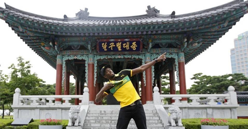 Usain Bolt posa para foto na Coreia do Sul antes do Mundial de atletismo