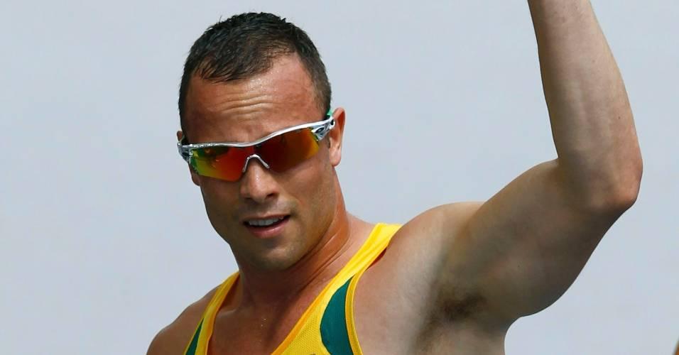 Sul-africano Oscar Pistorius comemora vaga nas semifinais no Mundial da Coreia do Sul