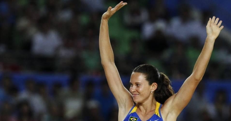 Fabiana Murer comemora um salto bem feito no Mundial de Atletismo, na Coreia do Sul