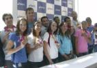 Campeões do Pan medem fama repentina com Facebook, entrevistas e eventos pós-desembarque