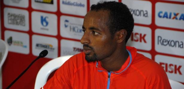 Tariku Bekele (foto) é irmão mais novo do campeão olímpico Kenenisa Bekele
