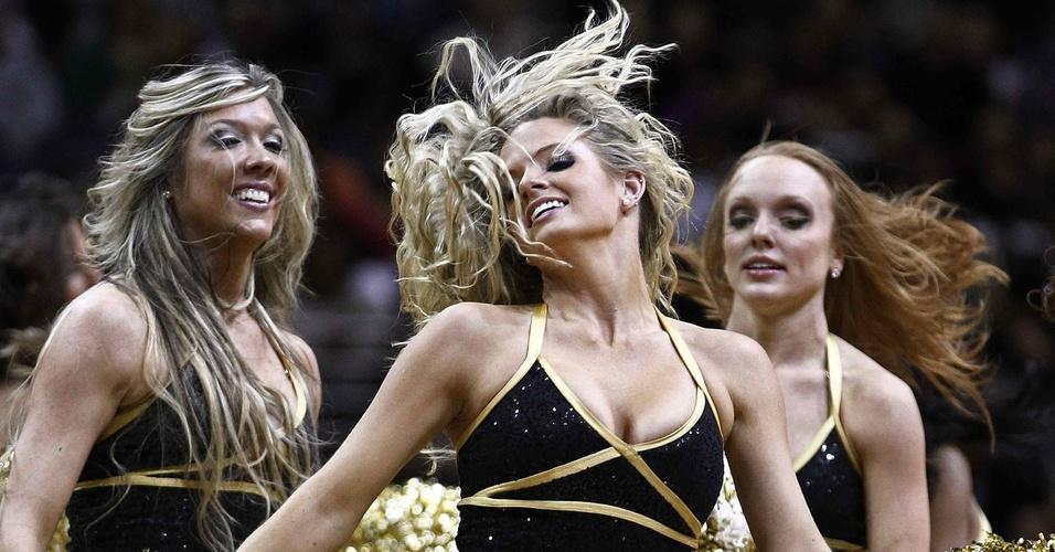 Cheerleaders dançam pelo Washington, mas time perde para os Spurs