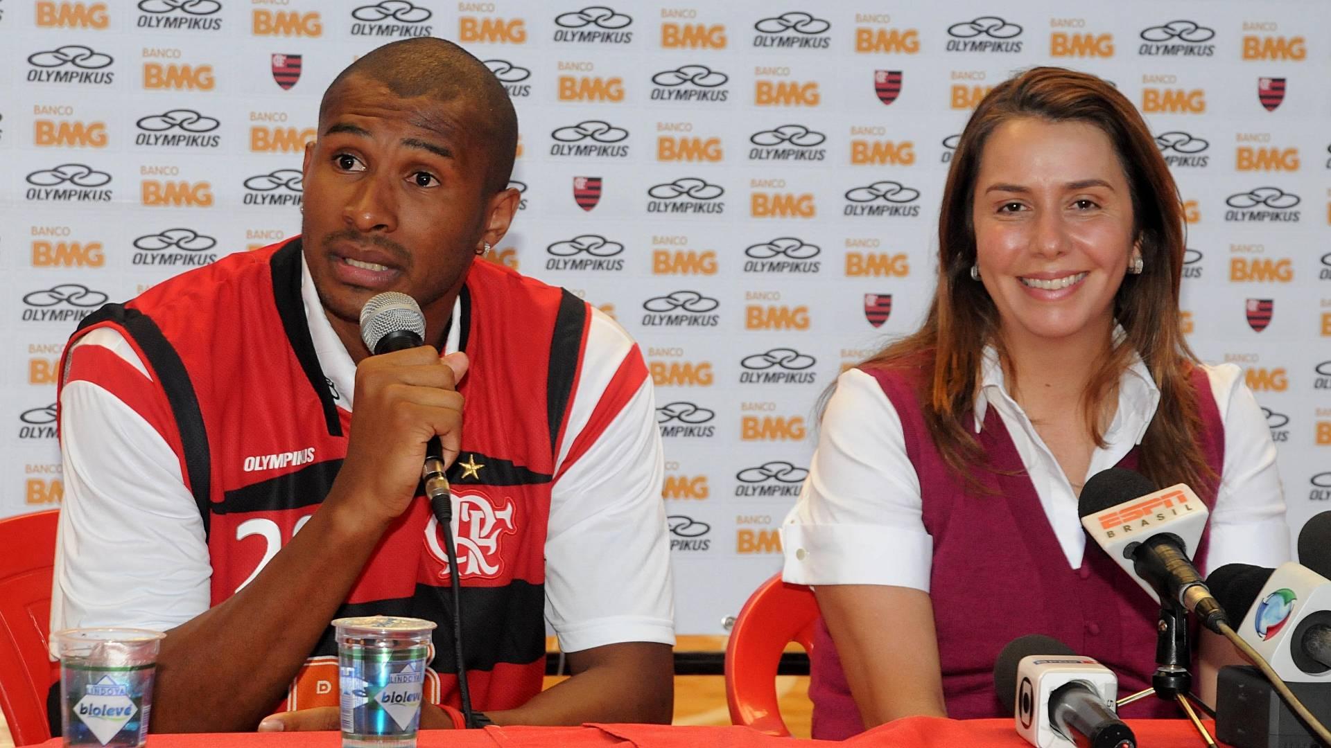 Leandrinho, do Basquete, é apresentado no Flamengo