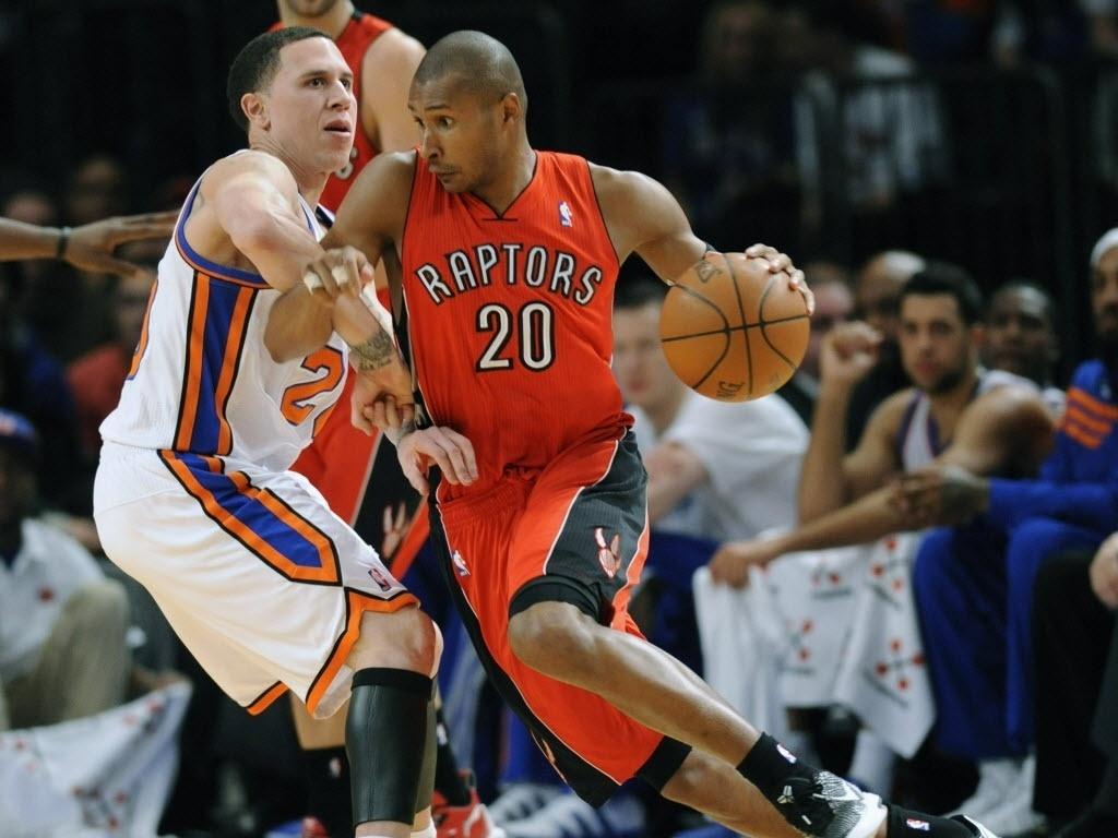 Leandrinho jogou bem na vitória do Toronto Raptors sobre o New York Knicks