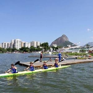 Atletas disputam prova de canoagem no Rio, que receberá o Mundial na modalidade velocidade