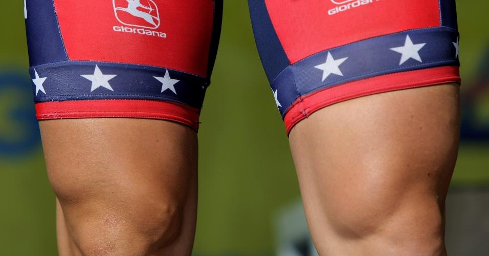 Ciclista Dominique Rollin mostra a força nas pernas para resistir às pedaladas em evento nos EUA