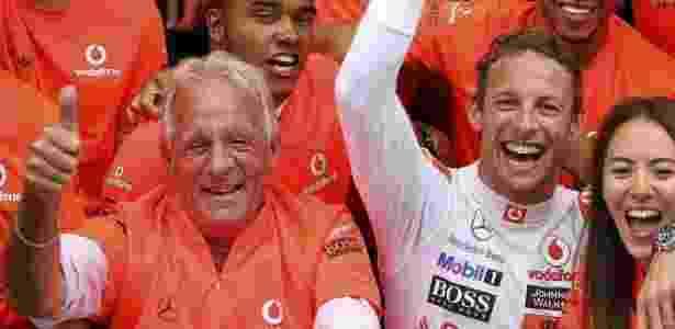 John Button era figura constante ao lado do filho nos bastidores da Fórmula 1 - Srdjan Suki/EFE