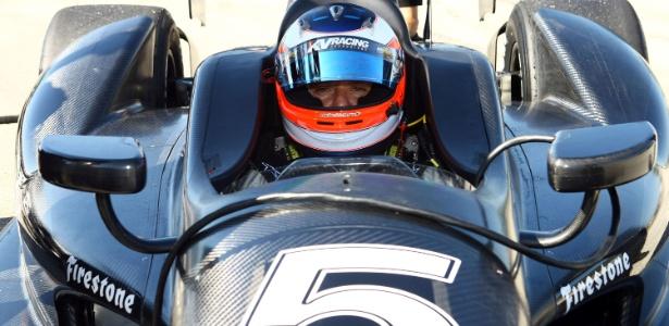 Rubens Barrichello durante seu teste na Fórmula Indy: acordo confirmado com a KV  - Benito Santos/Mpteam