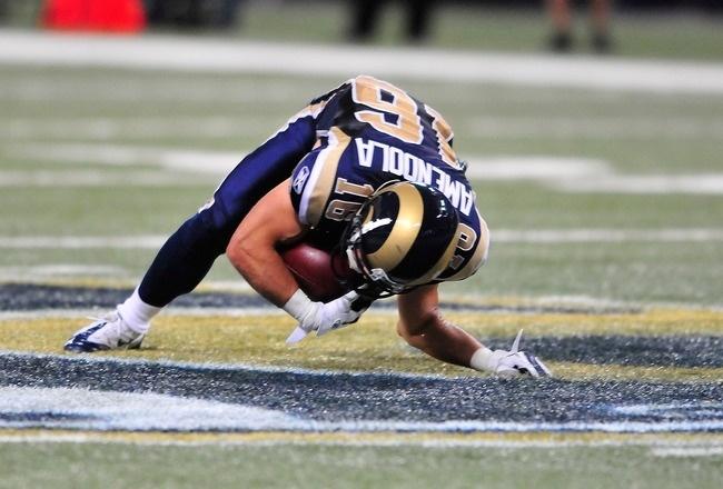 Danny Amendola, do St. Louis Rams, sofre fratura no braço na estreia da temporada 2011-2012 da NFL