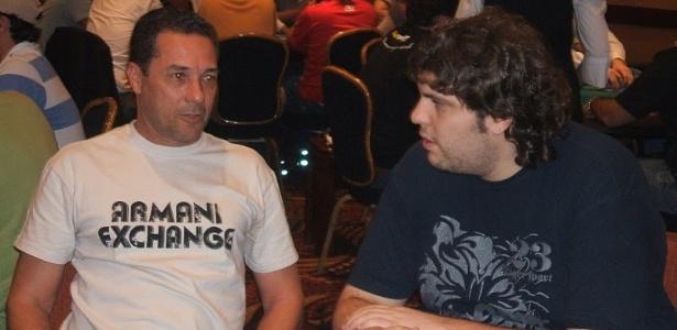 Vanderlei Luxemburgo jogando poker