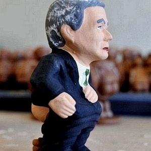 José Mourinho ganha boneco em versão