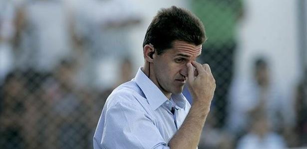 063918c91a Diretoria do Cruzeiro anuncia Vágner Mancini para o lugar de Emerson Ávila  - 26 09 2011 - UOL Esporte